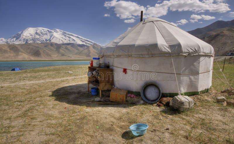 Yurt bij karakolmeer, xinjiang provincie royalty-vrije stock afbeelding