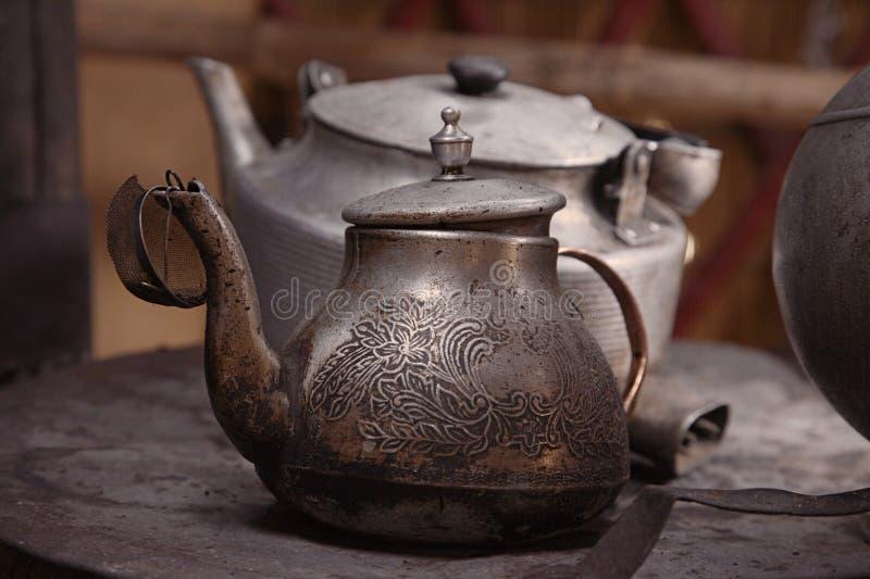 yurt för teapot för kettlekök kyrgyz gammal royaltyfri fotografi