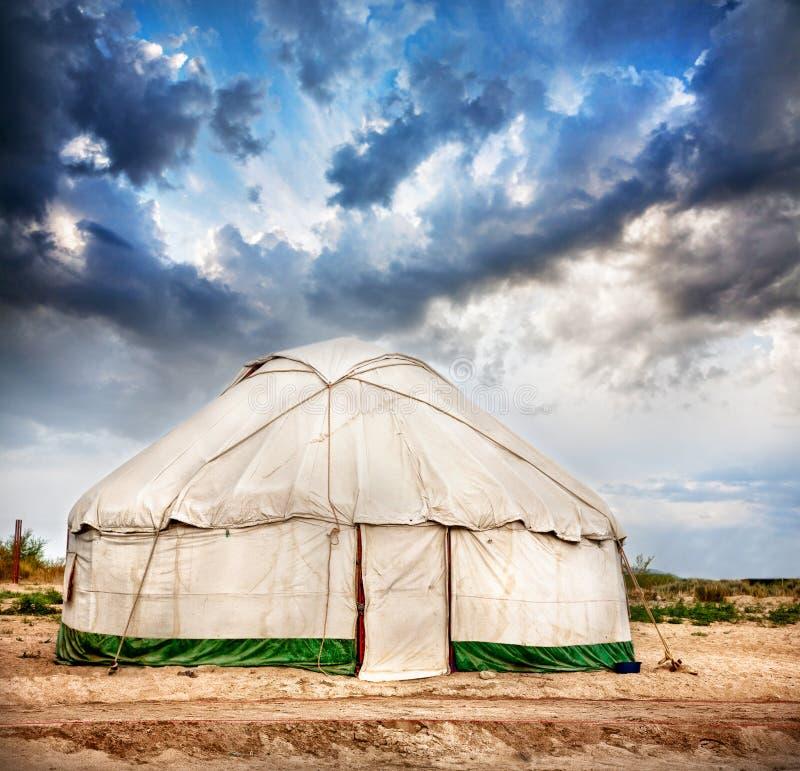 Yurt nomad- hus royaltyfria bilder