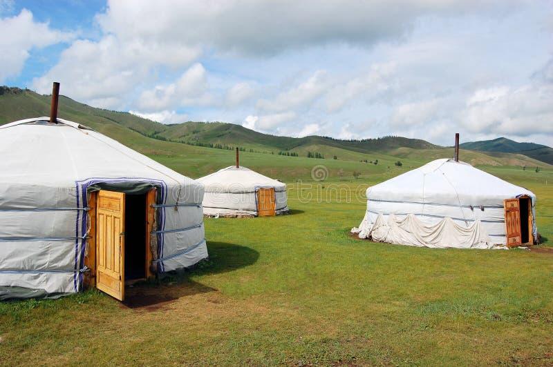 Yurtkamp in Mongoolse Steppe stock afbeeldingen
