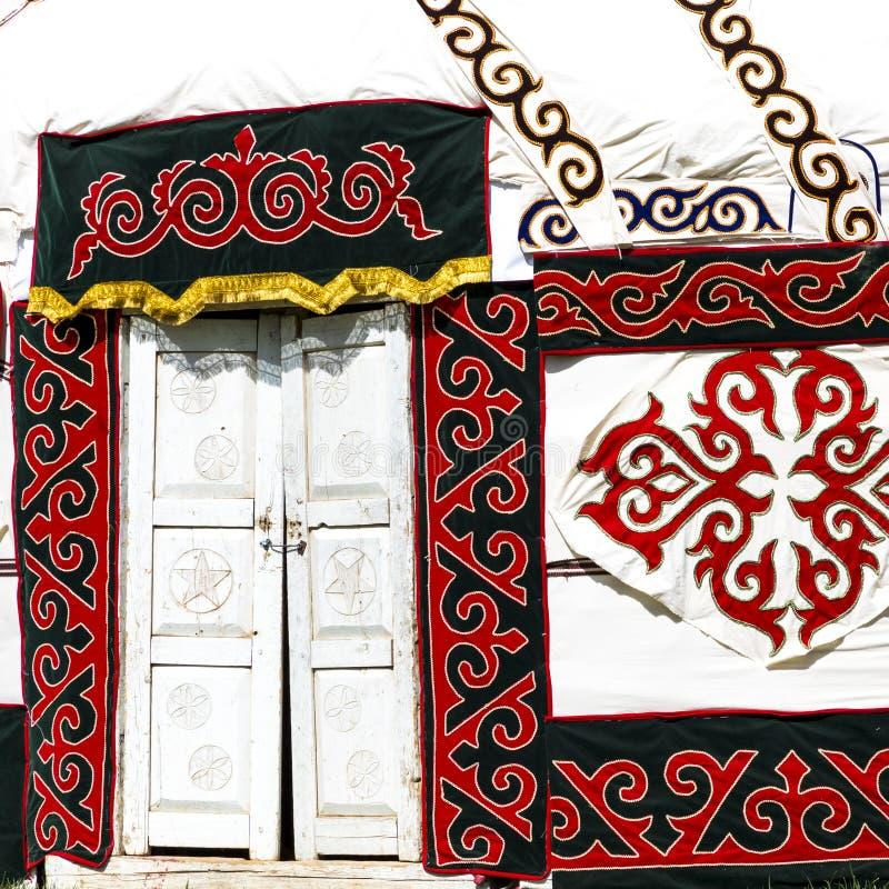 Yurts στο Ουζμπεκιστάν, τις παραδοσιακά τέχνες και τα σχέδια στοκ φωτογραφία