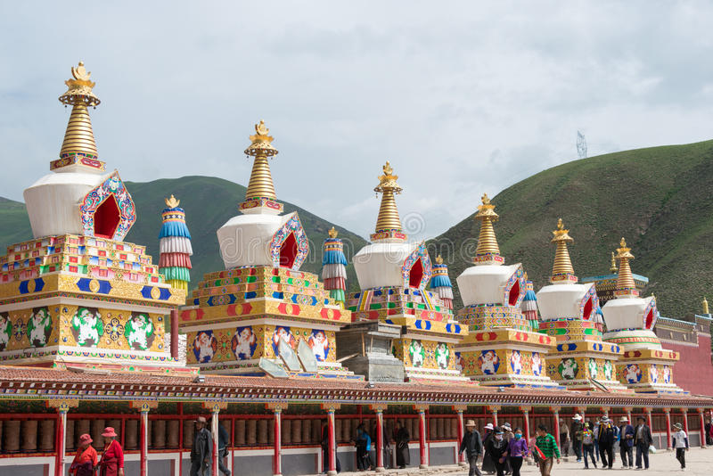 YUSHU(JYEKUNDO), CHINA - Jul 13 2014: Mani Temple(Mani Shicheng). a famous landmark in the Tibetan city of Yushu, Qinghai, China. stock images