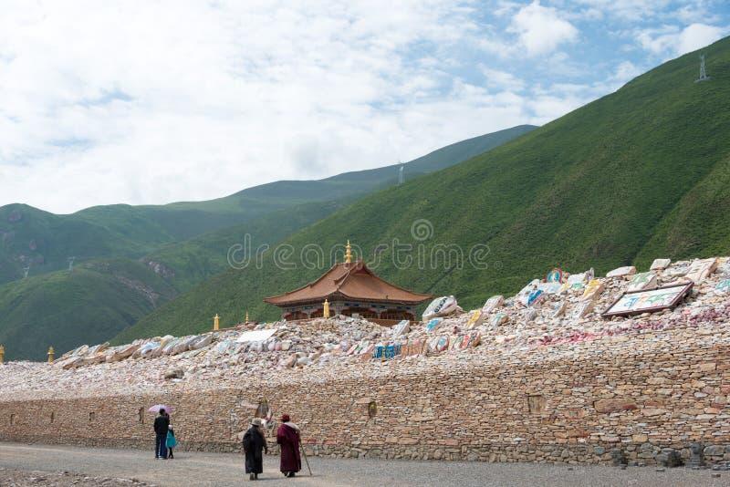 YUSHU () JYEKUNDO CHINY, Jul, - 13 2014: Mani świątynia (Mani Shicheng) fotografia stock