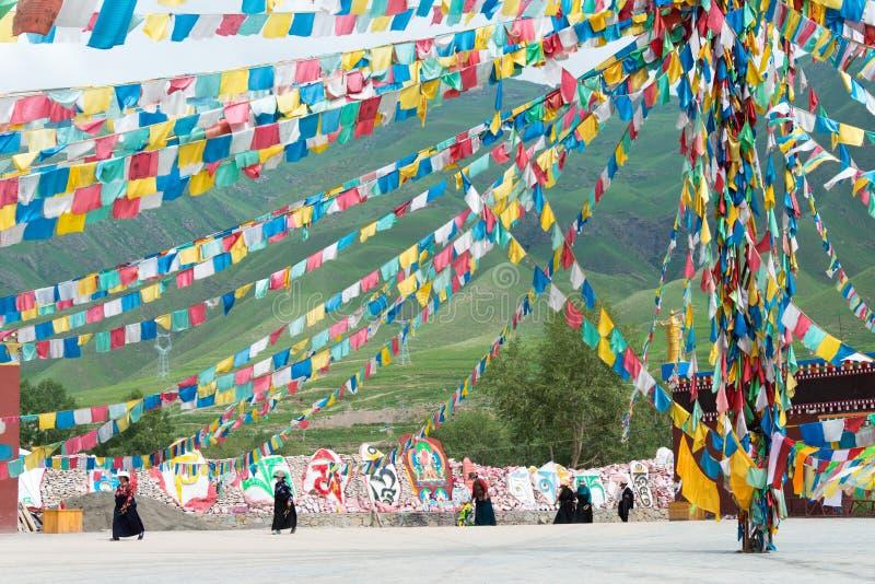 YUSHU () JYEKUNDO CHINY, Jul, - 13 2014: Mani świątynia (Mani Shicheng) obraz royalty free