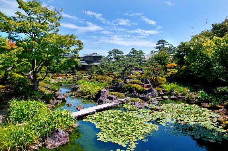 Yuushien parkerar, Japan, Matsue royaltyfria foton