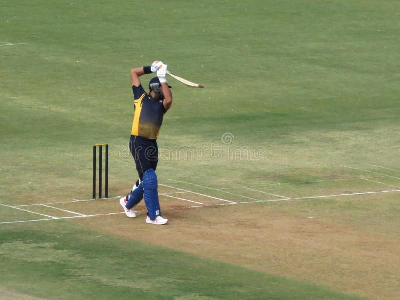 Yuvraj Singh jouant le tir dessus long-sur la position photo libre de droits