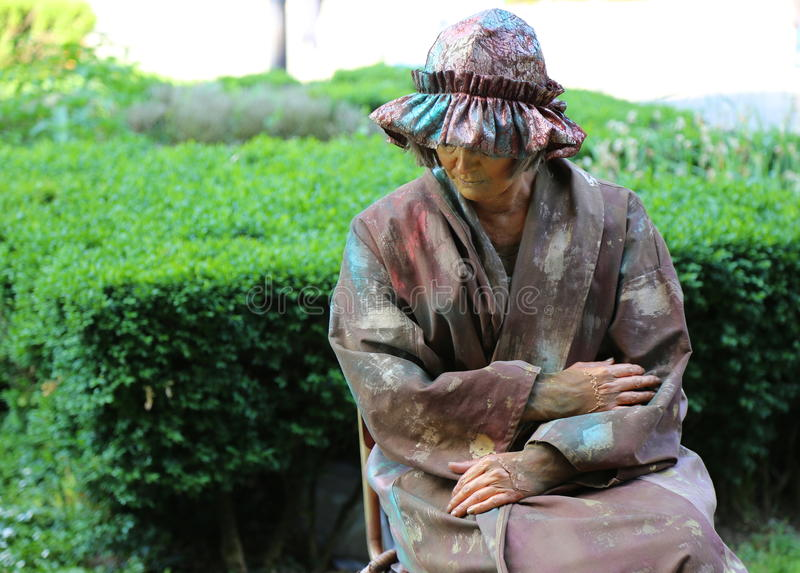 Żywa statua - pojedyncza kobieta obrazy stock