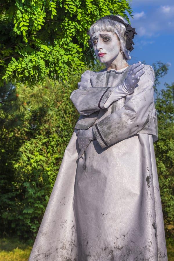 Żywa statua z smutnym spojrzeniem obrazy royalty free