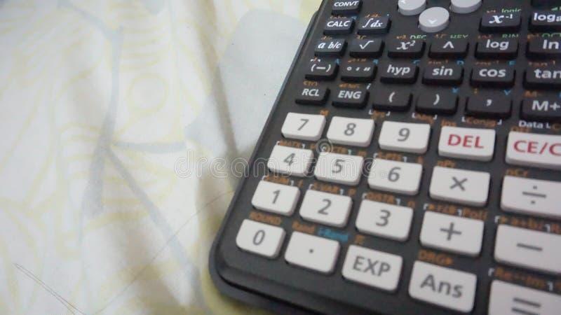 Zählung des Maschinen-Taschenrechners lizenzfreies stockbild