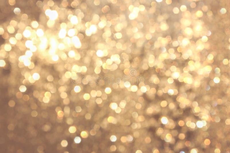 Złoty żółty żywy bokeh w miękkim koloru stylu, blured tło, pocztówka fotografia royalty free