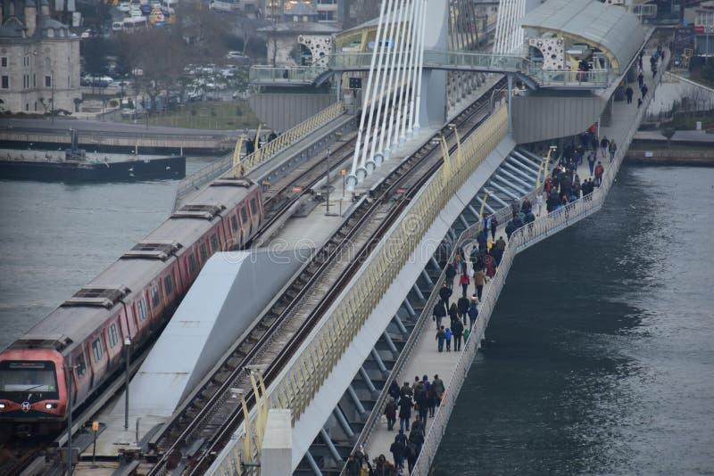 Złoty rogu metra most w Istanbuł, Turcja zdjęcie royalty free