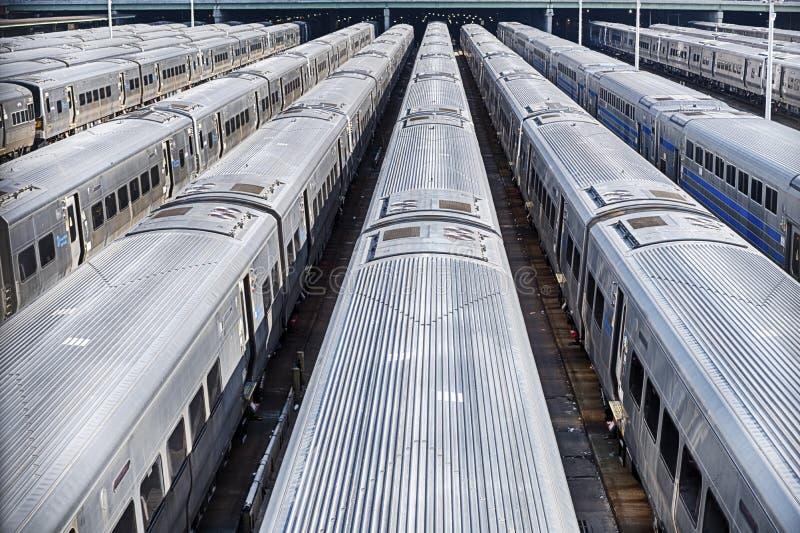 Züge in Hudson Yard lizenzfreie stockfotos