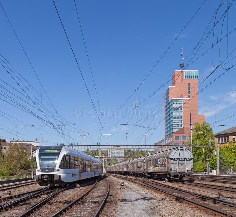 Züge in Winterthur lizenzfreies stockfoto