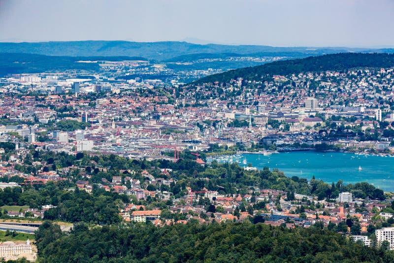 Zürich en het baaigebied, Zwitserland stock foto