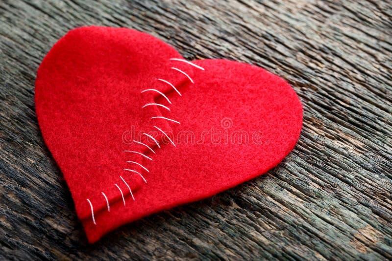 złamane serce czerwień zdjęcie stock
