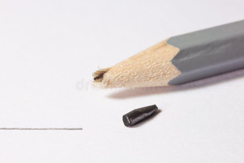 złamany ołówek obrazy royalty free