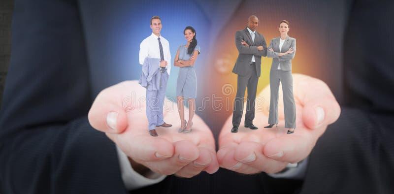 Złożony wizerunek biznesmen i kobieta z ich rękami krzyżować fotografia royalty free