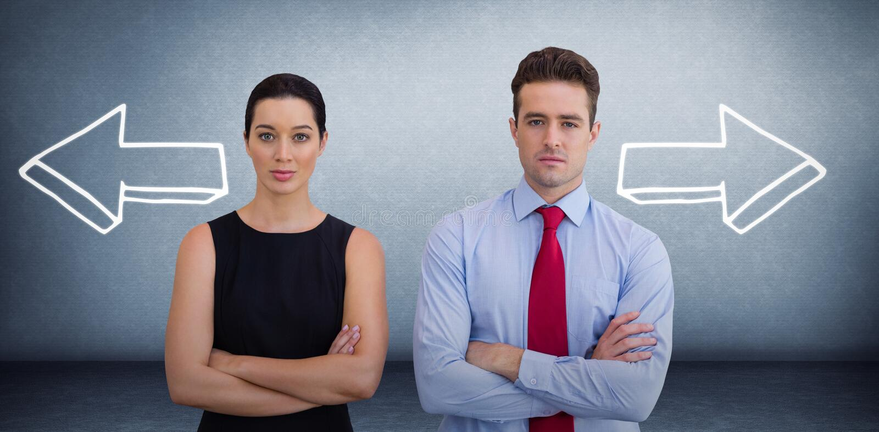 Złożony wizerunek biznesowi koledzy pozuje z krzyżować rękami zdjęcie stock