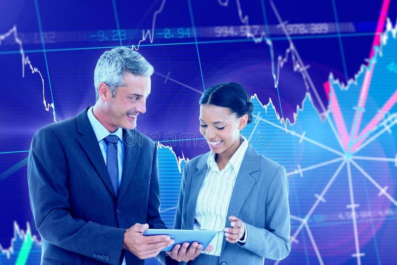 Złożony wizerunek ludzie biznesu używa pastylka komputer obrazy royalty free