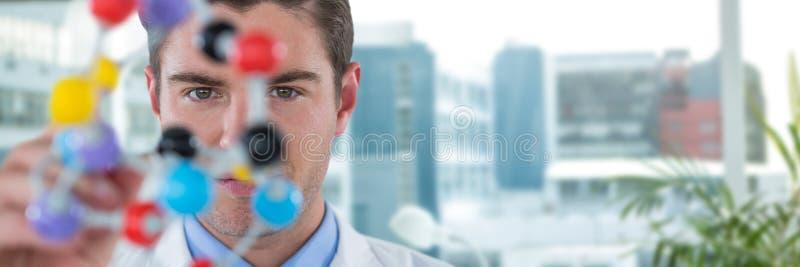 Złożony wizerunek młoda naukowa doświadczalnictwa molekuły struktura obraz stock