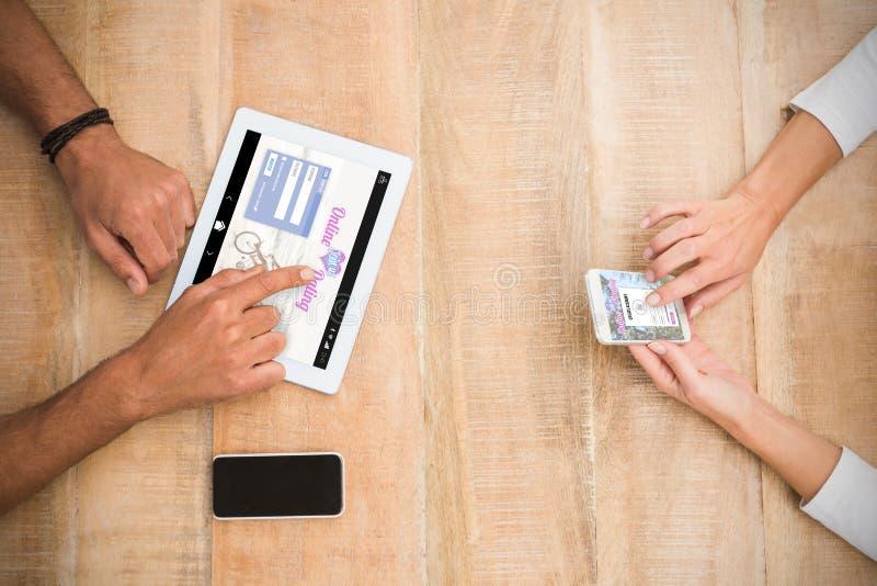 Złożony wizerunek online datuje app obraz stock