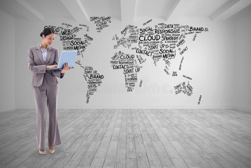 Złożony wizerunek portret bizneswoman używa laptop zdjęcia stock