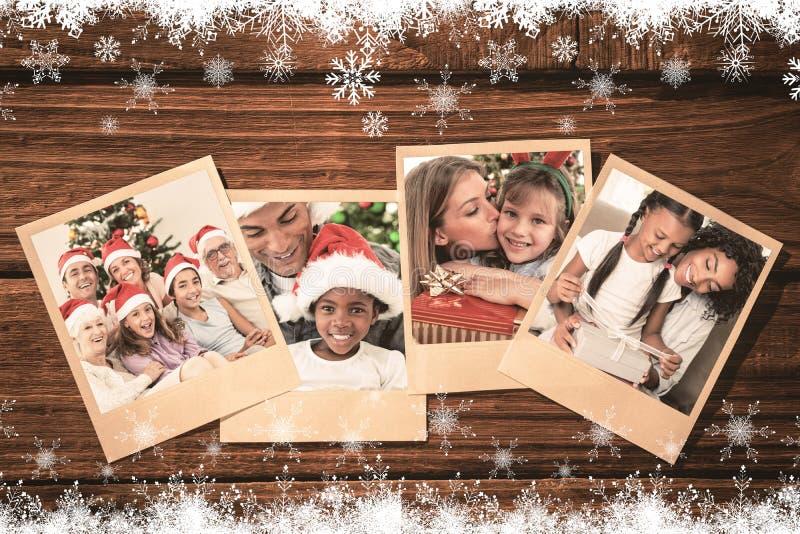 Złożony wizerunek szczęśliwa rodzina przy bożymi narodzeniami obraz royalty free