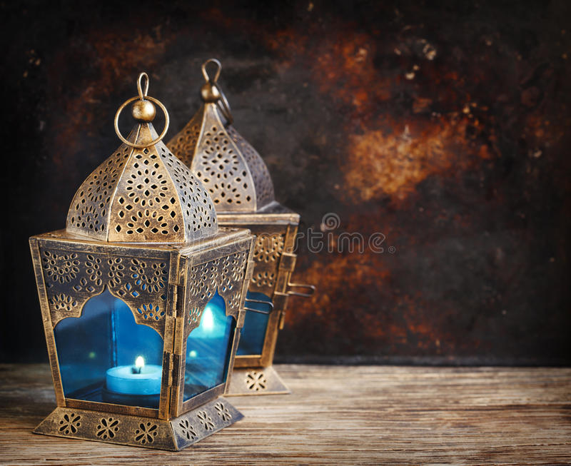 Złociści Arabscy lampiony fotografia stock