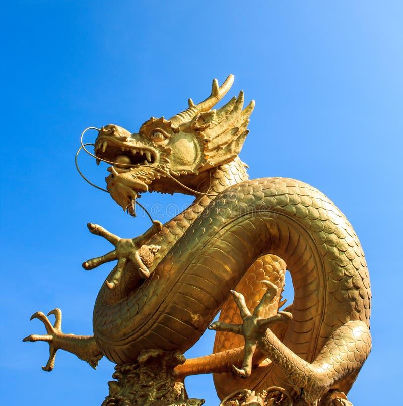 Złocisty chiński smok Thailand obraz stock
