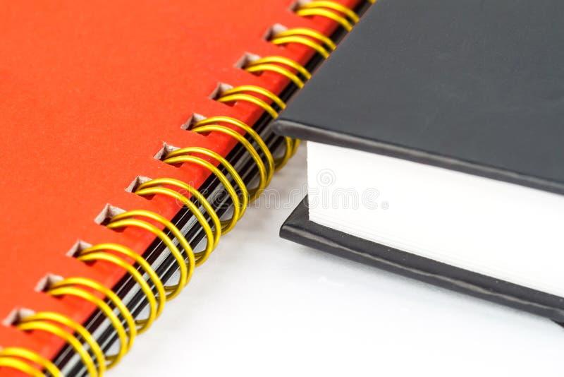 Download Złocisty Wiążący Notatnika Zbliżenie Obraz Stock - Obraz złożonej z biznes, stal: 53782409