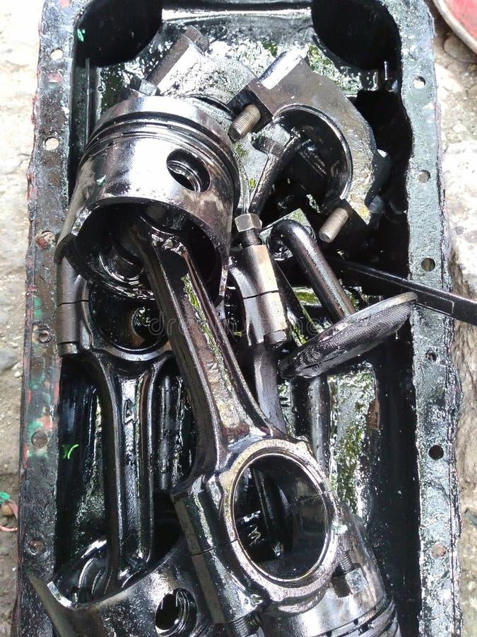 złomowego żelaza używać auto części zdjęcia stock