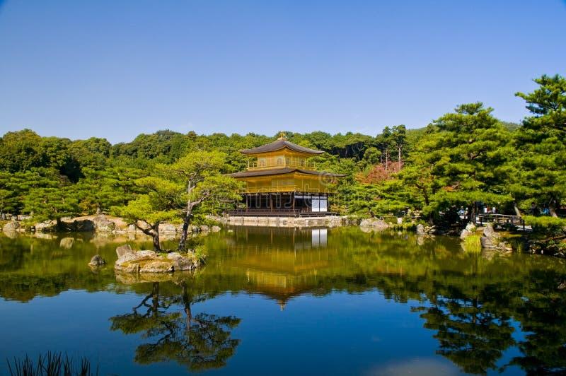 Złota Ji Kinkaku Pawilonu świątynia Zdjęcia Stock