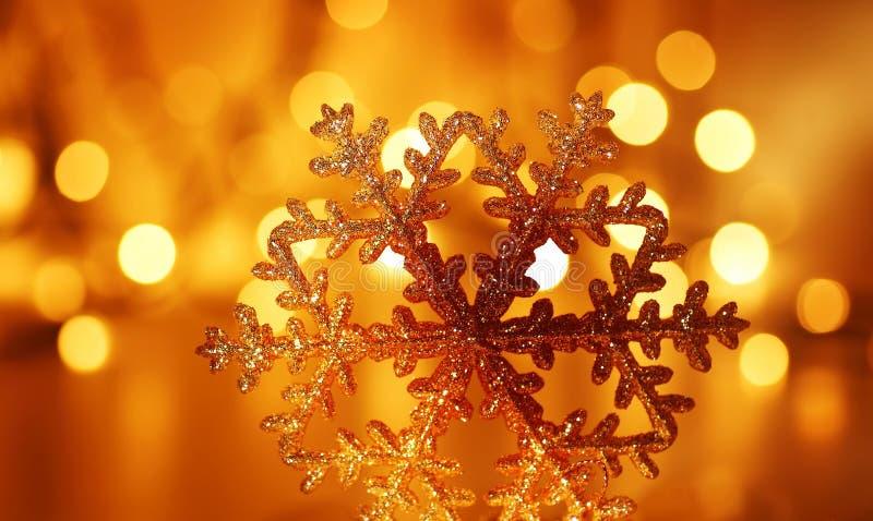 Złota płatka śniegu Choinki dekoracja obrazy stock