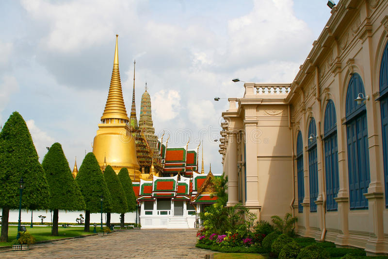 Złota pagoda w Royal Palace. obrazy royalty free