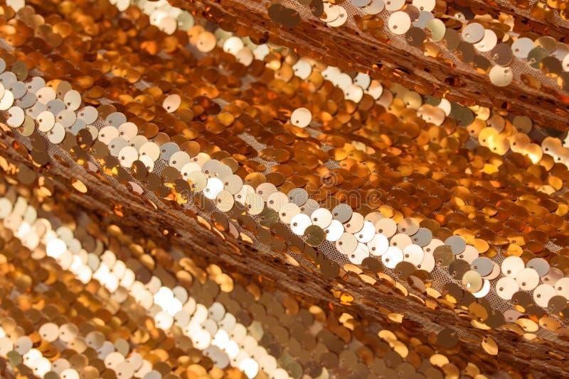 Złota tkanina, błyska, złoto, tekstura, tło ?wi?tecznie t?o zdjęcia royalty free