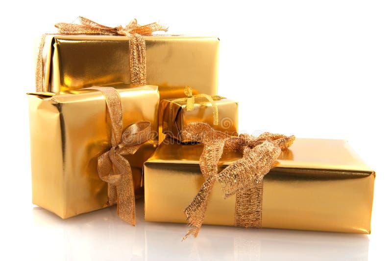 złote Boże Narodzenie teraźniejszość obraz royalty free