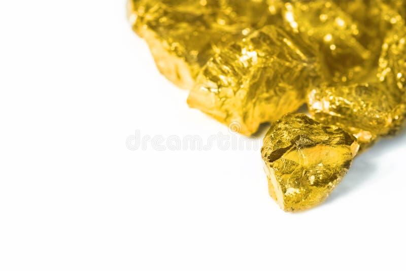 Złote bryłki odizolowywać na białym tle fotografia royalty free