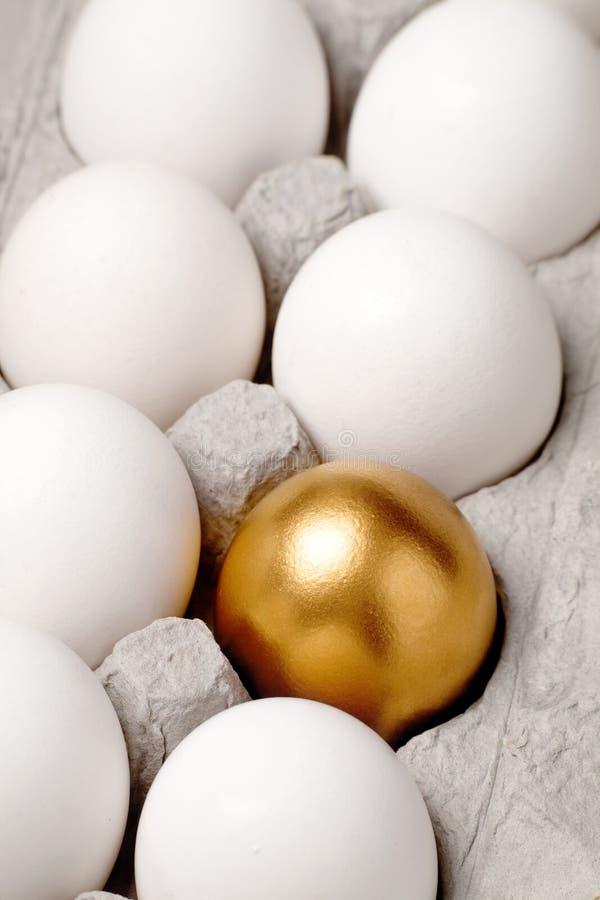 złote jajko fotografia stock