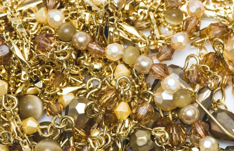 złote naszyjniki obrazy stock