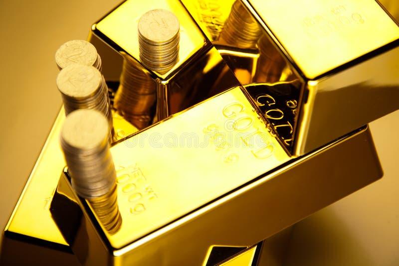 Złoty bar, nastrojowy pieniężny pojęcie obraz royalty free