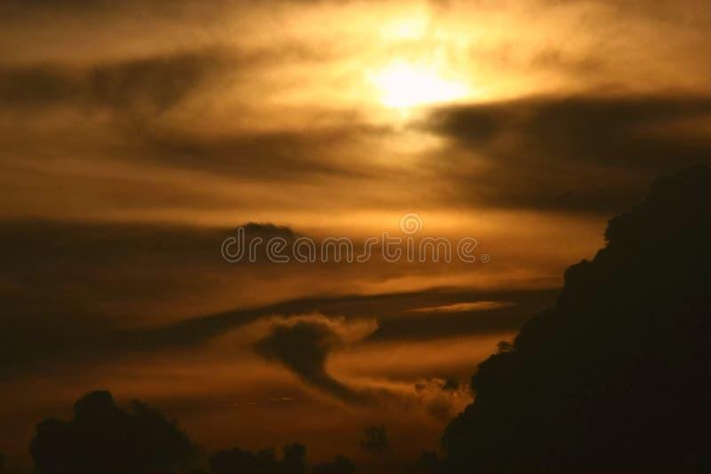 złoty chmura obraz stock