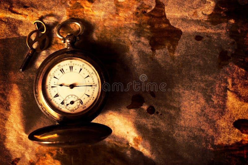 Złoty kieszeniowy zegarek zdjęcie stock