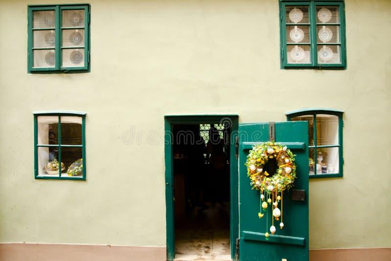 Złoty pasa ruchu dom republika czech - Praga - zdjęcia stock