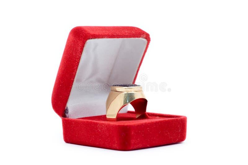złoty pierścionek obrazy royalty free