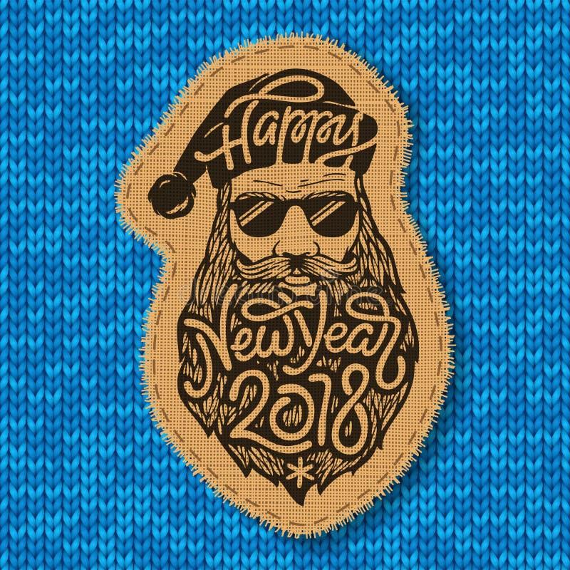 Zły Santa z szkłami i dużą brodą z literowanie Szczęśliwym nowym rokiem 2018 na błękitnym trykotowym tle zaszyty ilustracji