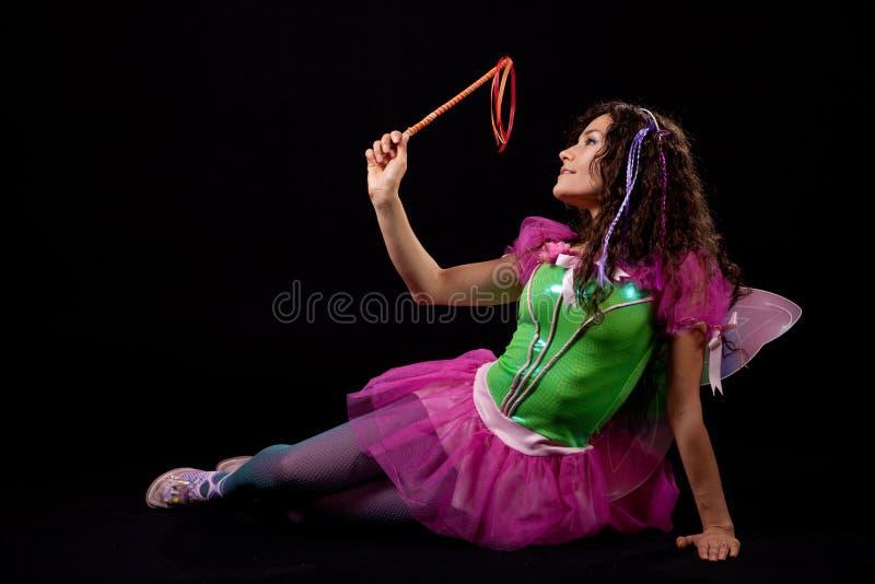 Z jej magiczną różdżką opierać czarodziejskie sztuka zdjęcie stock