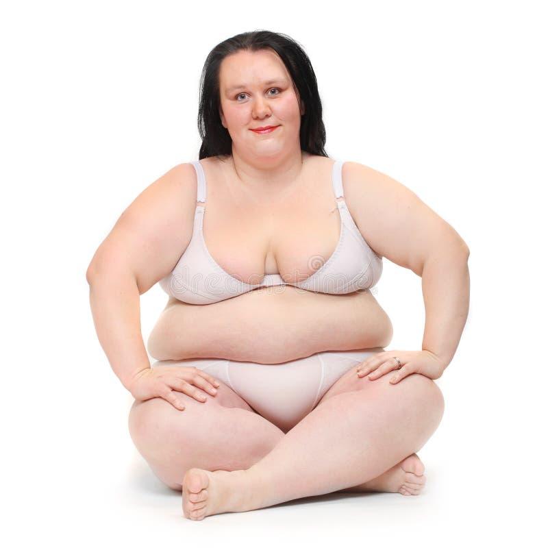 Z nadwagą kobiety ćwiczyć. obraz royalty free
