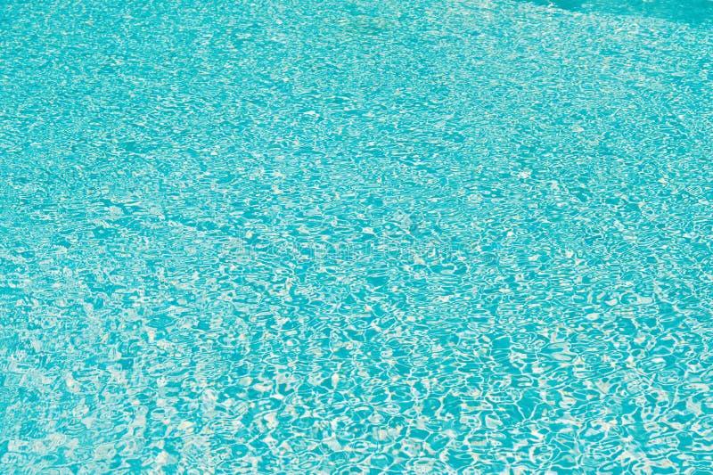 z?ote czochr w?d powierzchniowych Higieniczne miary społeczeństwo basenu katya lata terytorium krasnodar wakacje Pływacka zdrowa  obraz royalty free