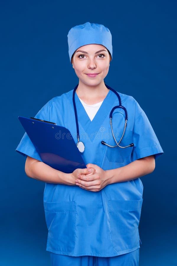 Z stetoskopem Smiley pielęgniarka obrazy stock