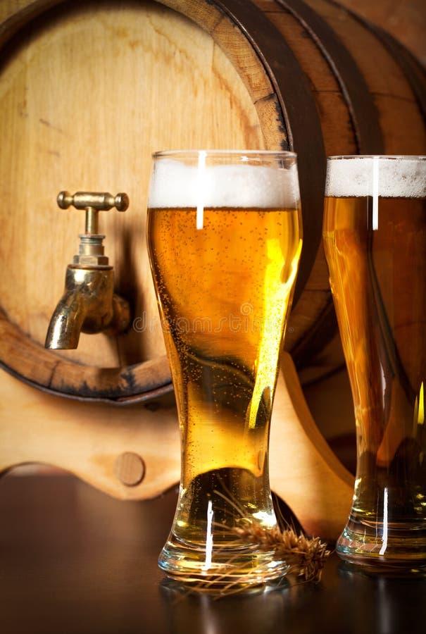 Z szkicu piwem wciąż życie fotografia royalty free
